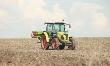 """Наесен земеделците ще усетят още повече скока на цените на торовете заради двойно поскъпналия природен газ, обобщава доц.д-р Божидар Иванов пред в.""""Български Фермер"""""""